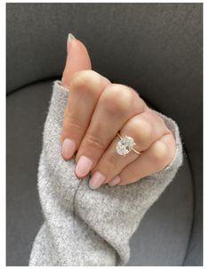 Dream Engagement Rings, Engagement Ring Settings, Vintage Engagement Rings, Engagement Ring Solitaire, Simple Engagement Rings Oval, Wedding Engagement, Oval Diamond, Diamond Rings, Ring Verlobung