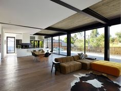 Oslo Vecchio Grande used by BCG Constructions in the winner of the 2014 HIA Victorian Custom Built Home Award. Boards available from http://www.tonguengrooveflooring.com.au
