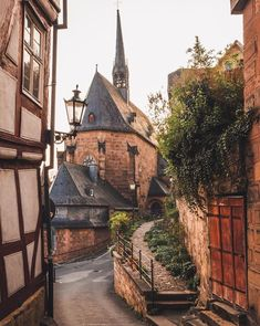 It was a beautiful day in Marburg Happy Friday guys . It was a beautiful day in Marburg Happy Friday guys . The Beautiful Country, Beautiful Places, Amazing Places, Happy Friday, German Village, Medieval Town, Outdoor Photography, Travel Abroad, Germany Travel