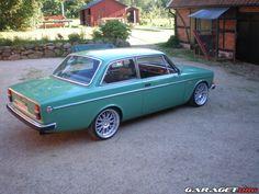 Volvo 142 (1972)