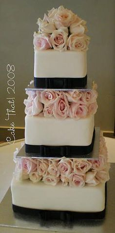 blush and navy cake