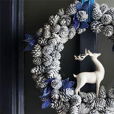 20 Beautiful Christmas Wreath Decorating Ideas