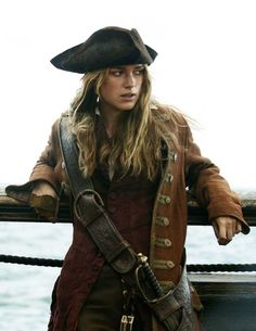 Elisabeth Swann (Keira Knightley) in Pirates of the Carribean, story inspiration Keira Knightley Pirates, Keira Christina Knightley, Captain Jack Sparrow, Johnny Depp, Elisabeth Swan, Cosplay, Pirate Life, Pirates Of The Caribbean, Narnia