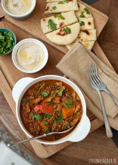 curry z dynią, soczewicą i pomidorami (indyjskie)