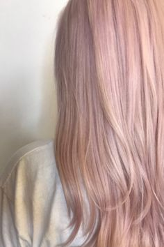 Embrace change with Vegan & Cruelty free Semi-permanent Super Cool Colour. In a kaleidoscope of rainbow shades, mix and match to get your perfect hue. Rose Gold Hair Blonde, Light Blonde Hair, Blonde With Pink, Pink Hair Toner, Peach Hair, Bad Hair, Hair Day, Bakery Design, Cafe Design