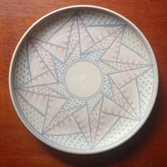 Vintage decorated pottery plate by Jan Twyerould - Australian Pottery - onlygoodvintage