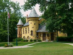 12 Places in Michigan Straight Out of a Fairytale  6) Curwood Castle, Owosso