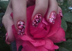 22 Beautiful Flower Nail Art Designs