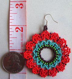 Mexican Huichol Beaded flower earrrings van Aramara op Etsy