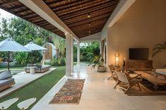 Villa Massilia Satu is in the heart of Seminyak, with luxurious features and your own private pool just minutes from the beach. Arched Doors, Arched Windows, Indoor Outdoor, Outdoor Living, Outdoor Decor, Bali Location, Pergola, Patio Grande, Balinese Decor