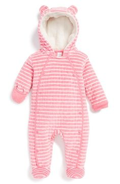 Free shipping and returns on Nordstrom Baby Hooded Bunting (Baby Girls) at Nordstrom.com. Plush, diamond quilting adds to the snuggly charm of a cozy bunting crafted with fold-over hand mitts and a snap-up front for an easy, fuss-free fit.