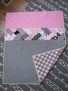 Three Snippy Sisters Baby Braid Quilt-Love the quilting, so cute!