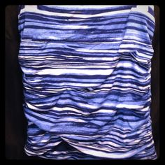 Comfy cotton free people tube top Tube top blue stripes all cotton elastic at the top and scrunched on the sides NWOT Free People Tops Tunics