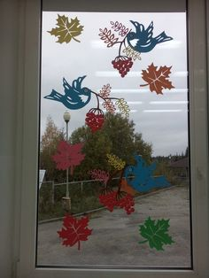 Daycare Crafts, Classroom Crafts, Baby Crafts, Diy And Crafts, Autumn Crafts, Fall Crafts For Kids, Art For Kids, Classroom Window Decorations, Class Decoration