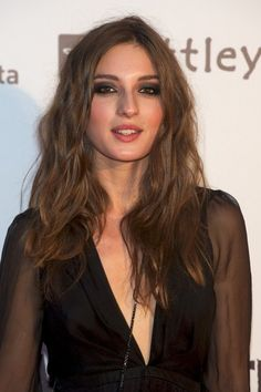Maria Valverde Hair