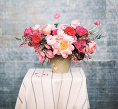 peony centerpiece  Florals by Without Wax, Katy & photo by Loft Photographie