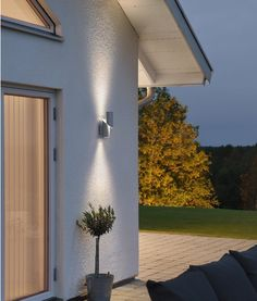 up down external light for front of house architecture interiors