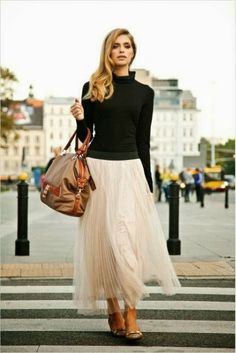 How To Wear Tulle/Pleated Skirts