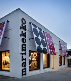 Retail Signage, Wayfinding Signage, Signage Design, Exterior Design, Interior And Exterior, Kids Salon, Storefront Signs, Retail Architecture, Mall Design