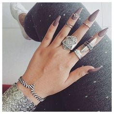 cool Love the jewlery BUT them Nailz are on POINT!!!...