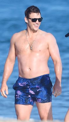 CHRIS PRATT in Santa Barbara, California — August 10, 2019 Chris Pratt Shirtless, Actor Chris Pratt, Hollywood Actor, Hollywood Actresses, Odell Beckham Jr Wallpapers, Michael Ealy, Timothy Olyphant, Celebs, Celebrities