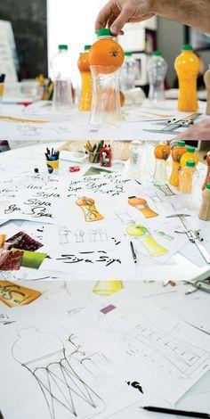Siya on Packaging of the World - Creative Package Design Gallery Fruit Packaging, Beverage Packaging, Design Thinking, Fruit Logo, Juice Branding, Blister Packaging, Sketch Design, Commercial Design, Bottle Design