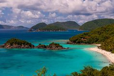 Every hue of blue in Trunk Bay, US Virgin Islands. Cruise Excursions, Cruise Vacation, Dream Vacations, Vacation Spots, Vacation Ideas, Virgin Islands Vacation, Virgin Islands National Park, Thing 1, Disney Cruise Line
