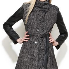 Steve Madden tweed flare coat. Sz. Small Gorgeous stylish coat. Worn twice, just like new. Bought at Dillard's. No stains, rips or marks of any kind. Will create another post with extra photos. Steve Madden Jackets & Coats Pea Coats