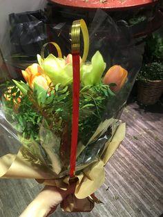 My Flower, Flowers, Celery, Vegetables, Food, Essen, Vegetable Recipes, Meals, Royal Icing Flowers