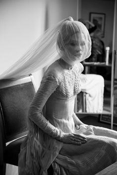 Katie Shillingford in her Gareth Pugh wedding dress. I'd take this over Middleton's McQueen any day.