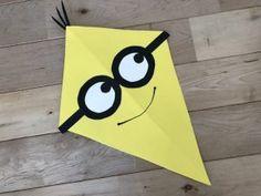 竹ひごなし!【画用紙とストローで作る簡単な凧の作り方】100均DIYで折るだけ簡単なカイトや可愛いキャラクター凧を手作り♪冬休みに子供と凧あげを楽しもう♪ Superhero Logos, Art Projects, Crafts For Kids, Symbols, Letters, Activities, How To Make, Handmade, Art