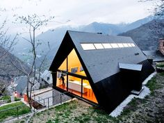 Contemporary House in the Pyrenees Overlooks Amazing Views of Northern Spain's Mountains