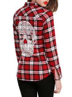 I've got a shirt  like this except the skull has no fabric behind it so it shows skin lol
