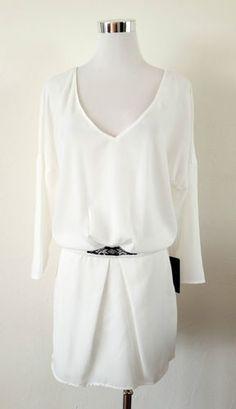 NWT ZARA V-NECK DRESS WITH RAGLAN SLEEVES AND APPLIQUÉS Off-white SIZE M