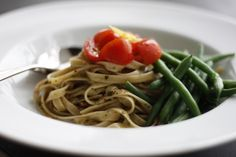 Pesto pasta with cherry tomatoes | Gestational Diabetes Recipes