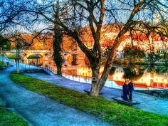 Boa noite :D O cenário perfeito para um passeio romântico: as margens do rio Vez em Arcos de #Valdevez. - http://ift.tt/1MZR1pw -