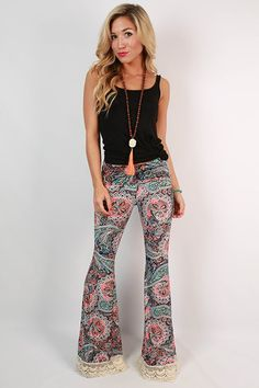https://cdn.shopify.com/s/files/1/0152/4007/products/20150501132506000-2015080414484700-33lola-lovely-crochet-trim-bell-bottom-pants-in-peach_1024x1024.jpeg?v=1438717735