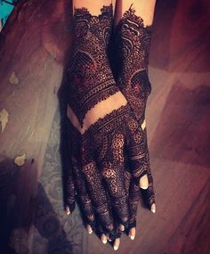 It's time to get henna beauty or Mehndi foot desing then CLICK VISIT link to read