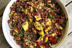 Przepisy na sałatki - na obiad i kolację - Onet Gotowanie Tofu, Chili, Beef, Recipes, Bulgur, Meat, Chile, Recipies, Ripped Recipes