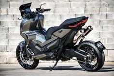 Custom Motorcycles, Custom Bikes, Cars And Motorcycles, Suzuki Motorcycle, Motorcycle Design, Tmax Yamaha, Ninja Bike, Honda Vfr, Scooter Custom