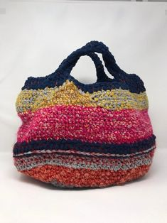 Crochet basket made of cheer, cotton, wool and webbing. Fully lined. Crochet Handbags, Crochet Purses, Plastic Bag Crafts, Vintage Jewelry Crafts, Knit Basket, Art Bag, Boho Bags, Fabric Bags, Casual Bags