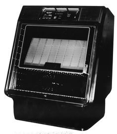 1981, Rowe-AMI's R-85 Starlight: The lights draw you over from the other side of the room, not that you can tell from this photo, but use your imagination. [Jukebox Collector]