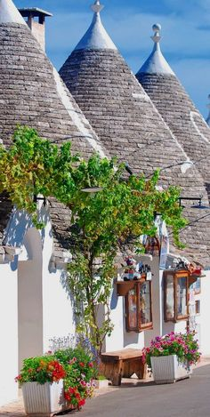 Typical houses of Alberobello, Puglia, Italy.... #visitingitaly  #VisitingItaly