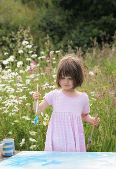 iris-painting-in-the-wildflower-garden