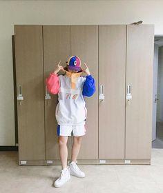 Funny Lyrics, Akdong Musician, Fangirl, Rain Jacket, Windbreaker, Aunts, Artists, Group, Fashion