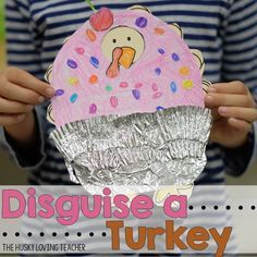 Disguise The Turkey Project Students will take a turkey home to disguise it with family members. Once it is brought back to school, students will write about the turkey and how it survived Thanksgiving! [Resource from: The Husky Loving Teacher] Thanksgiving Writing, Thanksgiving Projects, Thanksgiving Activities, Thanksgiving Outfit, Holiday Activities, Kindergarten Projects, School Projects, Projects For Kids, Project Ideas