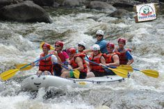 Experience the thrill of whitewater rafting in the #SmokyMountains while on a #PigeonForge vacation!