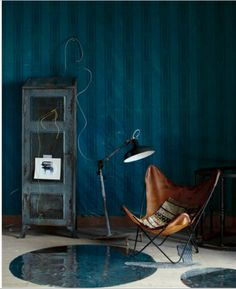 Deep moody wall colour looks vibrant against the tan/leather chair Industrial Living, Industrial Interiors, Industrial Design, Modern Industrial, Interior Walls, Interior And Exterior, Interior Design, Interior Ideas, Dark Interiors