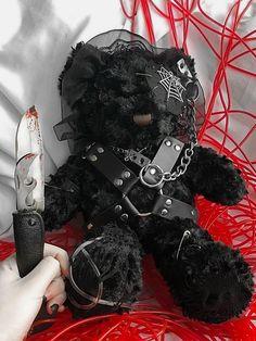 Kawaii Plush, Cute Plush, Creepy Stuffed Animals, Black Teddy Bear, Lolita Cosplay, Gothic Lolita Fashion, Bear Doll, Creepy Dolls, Creepy Cute