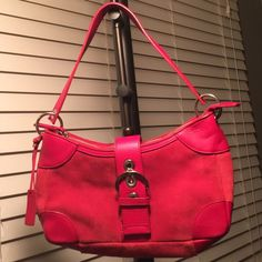 Cute red purse from Bath And Body Works. Leather. Very cute, genuine leather, red purse. It has a little wear on the back side. It came with a gift set from Bath And Body Works. I never use it. Bath And Body Works Bags